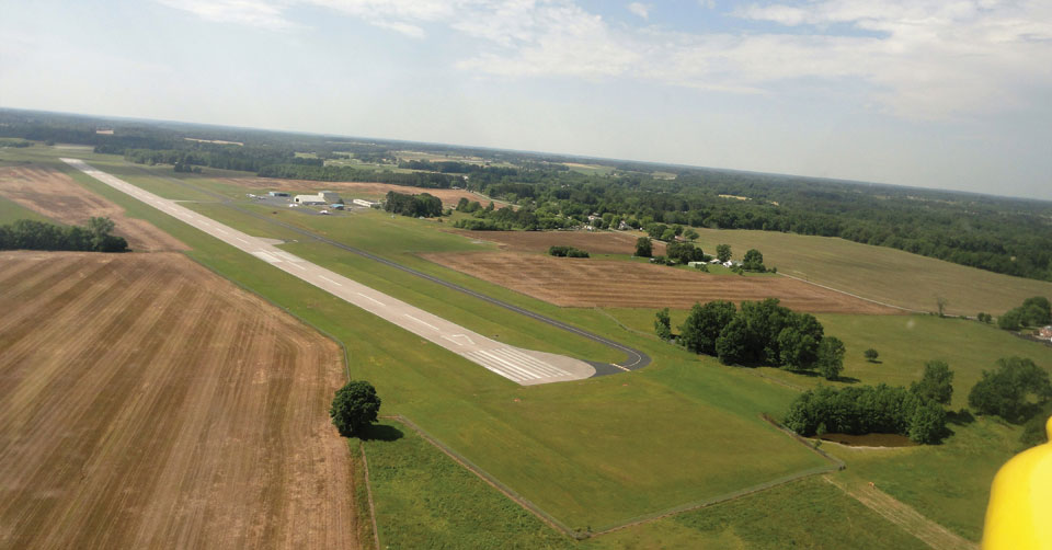 Lawrenceburg–Lawrence County Airport